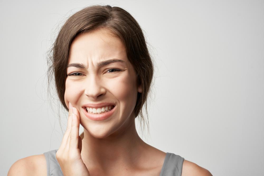 絶対にNG!歯が痛いときにやってはいけない3つのこと